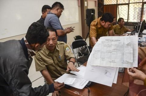 Supertajam Dongkrak Kepemilikan Akta Kelahiran
