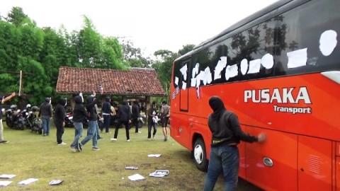 Latihan Perdana PSS Sleman Diwarnai Aksi Protes