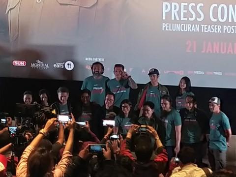 Penampilan Baru Dian Sastro di Trailer Guru Guru Gokil