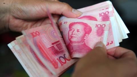 Akibat Virus Tiongkok, Yuan Tumbang