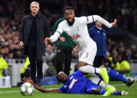 Mourinho Tepis Rumor Bertengkar dengan Danny Rose