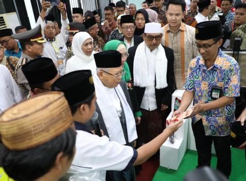 Ma'ruf Dorong Santri dan Pesantren Mengentaskan Kemiskinan