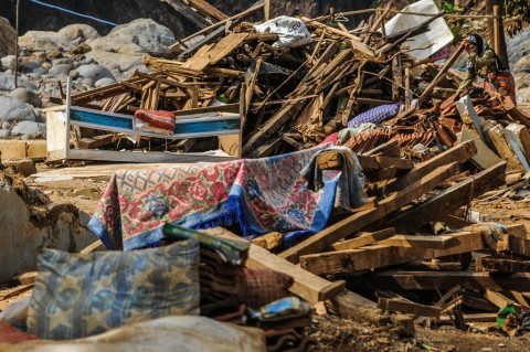 Korban Banjir Lebak Terus Berbenah