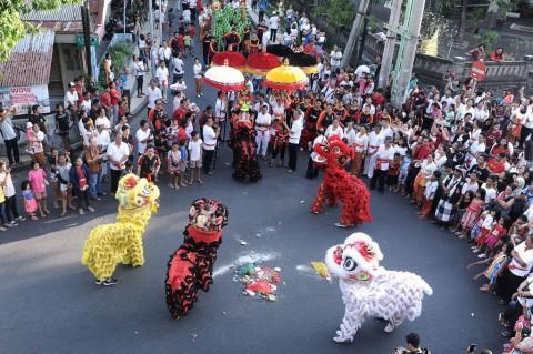 Saat Keturunan Tionghoa di Bali Gelar Ritual Tolak Bala