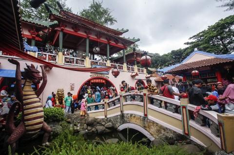 Wisata Kampung Cina Cibubur Diserbu Pengunjung