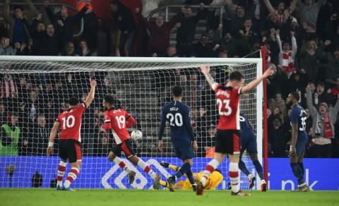 Boufal Gagalkan Kemenangan Tottenham