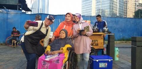 Promosikan Diri, Nurmansyah Jualan Kopi di CFD