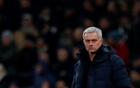 Mourinho Jengkel Transfer Eriksen tak Kunjung Rampung