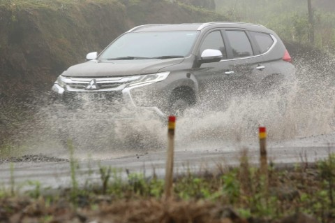Musim Hujan masih Berjalan, Kondisi Mobil Wajib Prima
