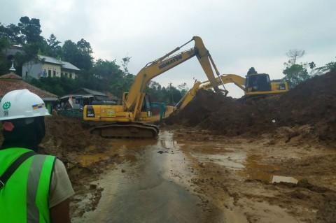 Perbaikan Akses Jalan di Kecamatan Sukajaya Pascalongsor
