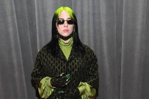 Billie Eilish Persembahkan Grammy Buat Peracik Musik di Kamar Tidur