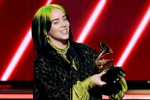 Billie Eilish Boyong Lima Piala Grammy Awards 2020