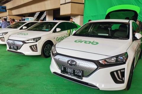 GrabCar Operasikan Taksi Listrik Hyundai Ioniq di Bandara