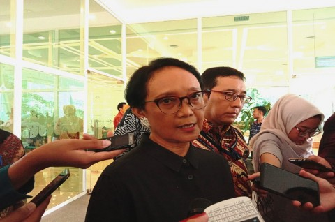 Govt to Deliver Food, Supplies to 100 Indonesians in Wuhan