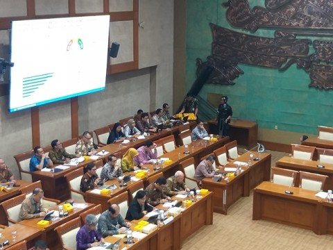 Sri Mulyani Laporkan Kinerja APBN 2019 ke Komisi XI