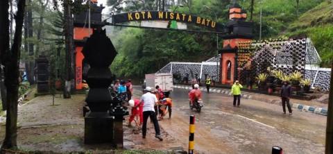 Kota Batu Banjir Lumpur Pascahujan Deras