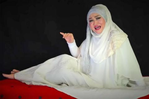 Kematian Lina Jubaedah Dipastikan Karena Sakit