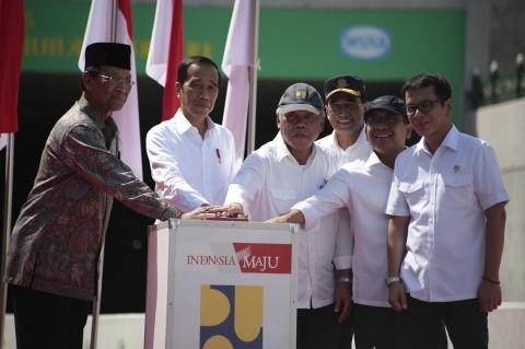 Jokowi Resmikan Underpass Bandara YIA