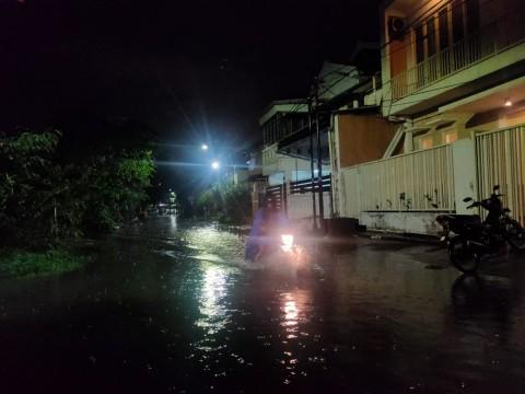 Sejumlah Wilayah di Surabaya Tergenang Banjir