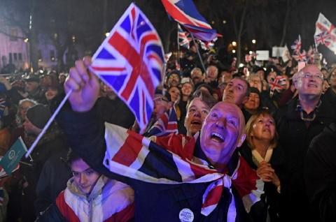 Pendukung Brexit Rayakan Keluarnya Inggris dari Uni Eropa