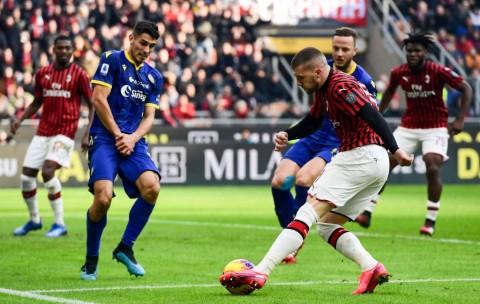 Ditahan Hellas Verona, Rentetan Kemenangan Milan Terhenti