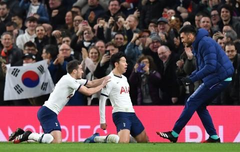 Diwarnai Kartu Merah, Tottenham Pecundangi Manchester City
