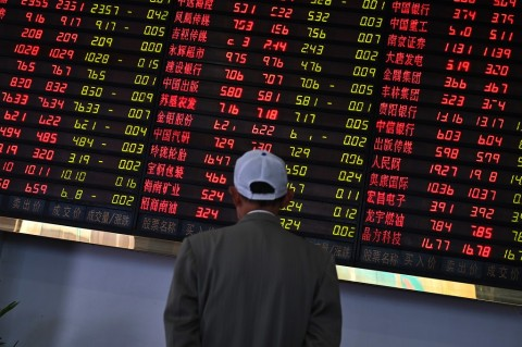 Bursa Saham di Tiongkok 'Terjun Bebas'
