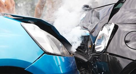 Ganja Berpengaruh Terhadap Kecelakaan Mobil di Jalan