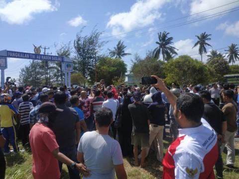 Ratusan Warga Tinggalkan Natuna Khawatir Tertular Korona