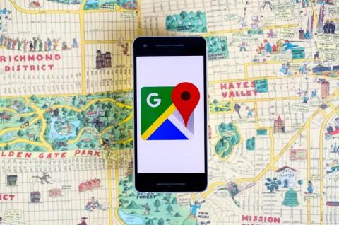 Pria Ini Bikin Kemacetan Palsu di Google Maps Pakai 99 Ponsel