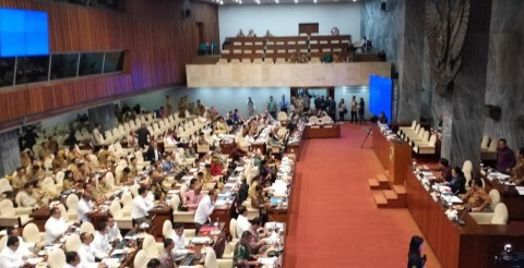 DPR-Pemerintah Rapat Gabungan Bahas PON Papua
