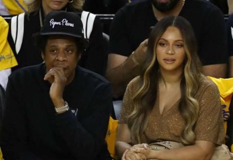 Saksikan Super Bowl, Jay-Z dan Beyonce Dinilai Tak Hormati Lagu Kebangsaan AS