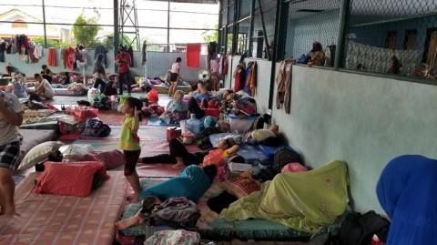 Ribuan Warga Total Persada Tangerang Mengungsi