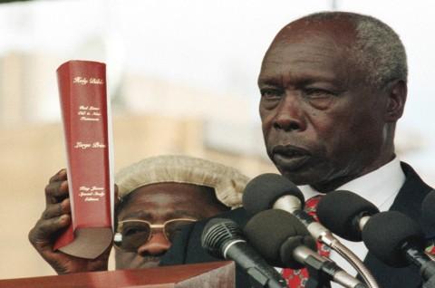 Pemimpin Terlama Kenya Meninggal di Usia 95 Tahun