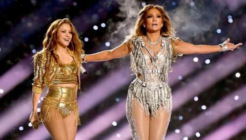 Shakira dan JLo Tak Dibayar saat Tampil di Super Bowl