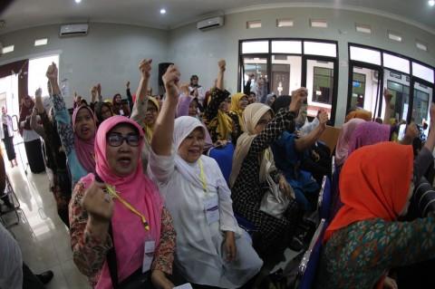 Lansia di Bandung Bisa Kembali Sekolah