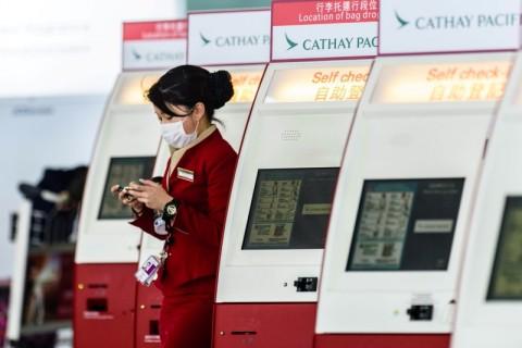 Gara-gara Virus Korona, Cathay Pacific Minta Awak Ambil Cuti