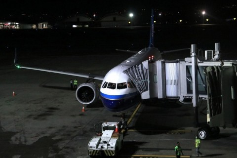 Pemberhentian Sementara Penerbangan dari dan ke Tiongkok Dinilai Tepat