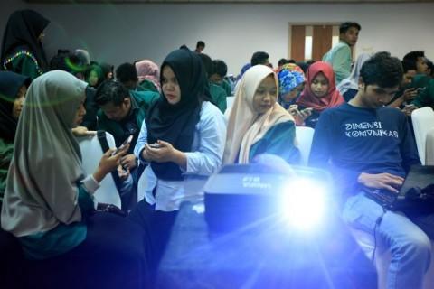 Pemanfaatan Teknologi di Sektor Pendidikan Lambat