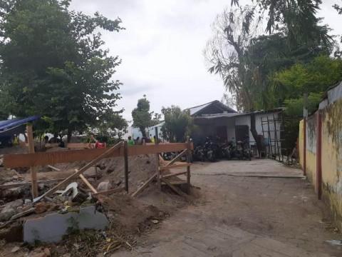 Siswa SD di Yogyakarta Belajar di Pos Ronda