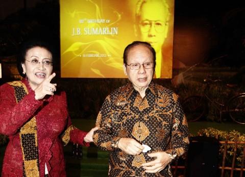 Airlangga: JB Sumarlin Pahlawan Bidang Ekonomi