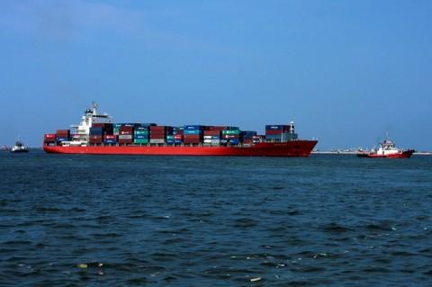 Kapal Kargo Angkut 21 WN Tiongkok Ditahan di Pangkep