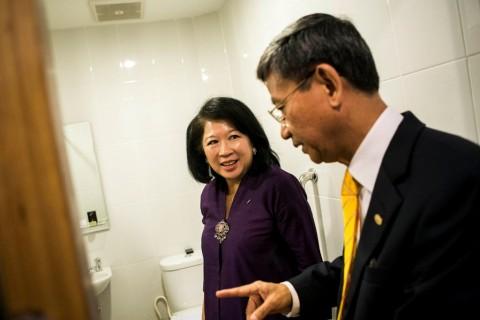 JB Sumarlin Bangga Mari Elka Masuk Bank Dunia
