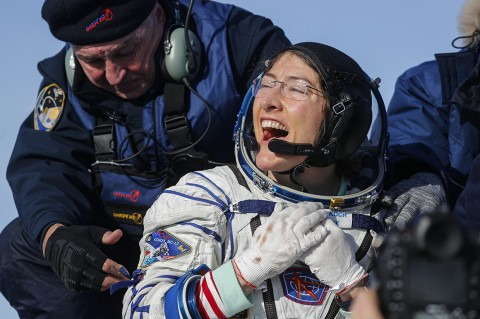 Christina Koch Pecahkan Rekor Astronaut Perempuan Terlama di Luar Angkasa