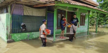 Kegiatan Belajar di Cirebon Terganggu Akibat Banjir