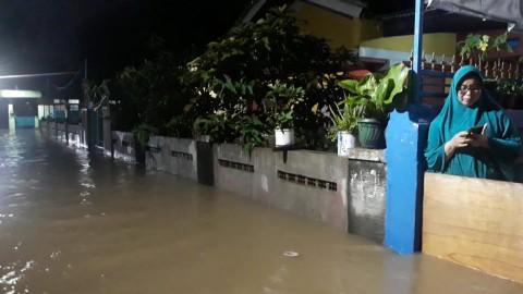 Banjir Sempat Rendam Ratusan Rumah di Bogor