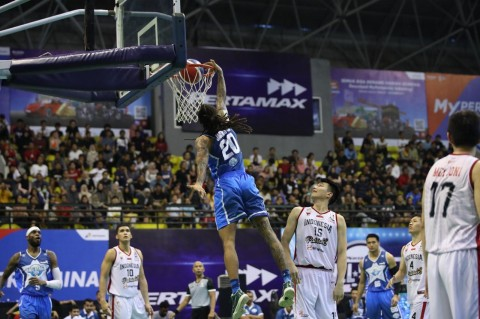 Tim IBL All Star Kalahkan Timnas Basket Indonesia
