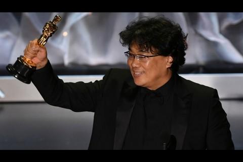 Sutradara Parasite Bingung Menang Oscar Kategori Sutradara Terbaik