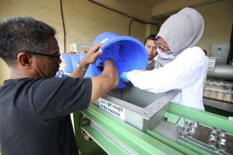 Kolaborasi Kemenperin dan Perusahaan Jepang Ubah Limbah Sawit Jadi Kertas