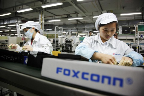Akibat Virus Korona, Foxconn Bakal Produksi iPhone di India?
